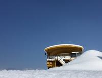 雪原の中の930E.jpg