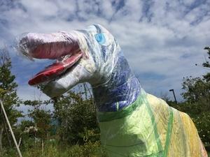 虹色の恐竜③.jpg